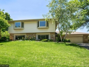 8450 134th Street Court Apple Valley, Mn 55124
