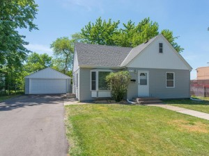 5413 Hampshire Avenue N Crystal, Mn 55428