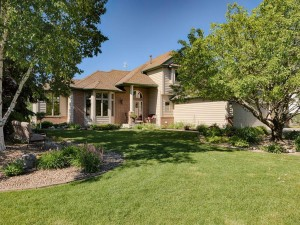 1355 Wildflower Lane Chaska, Mn 55318