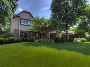 12515 45th Avenue N Plymouth, Mn 55442