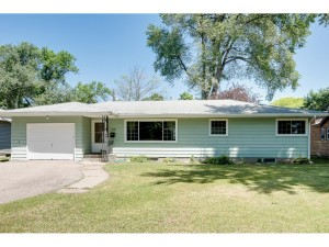 6906 46th Place N Crystal, Mn 55428