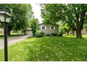 10405 39th Avenue N Plymouth, Mn 55441