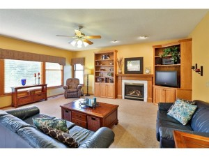 1430 Oryan Trail N West Lakeland Twp, Mn 55082