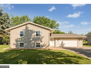 8109 Xenia Ave Avenue N Brooklyn Park, Mn 55443