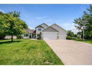 11020 Woodhaven Court N Champlin, Mn 55316