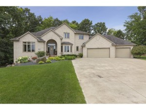13227 Grand Oak Court Apple Valley, Mn 55124