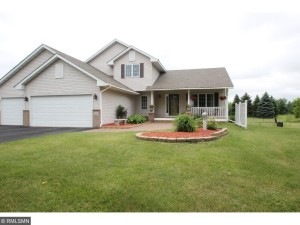 3435 Isle Court N Lake Elmo, Mn 55042