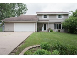 13827 Euclid Court Apple Valley, Mn 55124