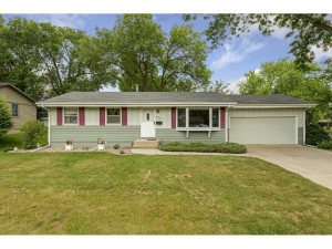 3689 Ensign Avenue N New Hope, Mn 55427
