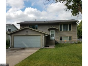 2708 84th Avenue N Brooklyn Park, Mn 55444