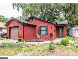 934 Barclay Street Saint Paul, Mn 55106