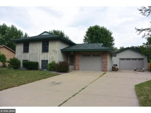897 Cooper Lane Apple Valley, Mn 55124