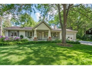 16238 The Strand Minnetonka, Mn 55345