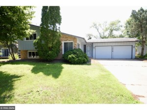 7826 Hampshire Circle N Brooklyn Park, Mn 55445