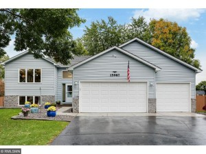 15987 Garrett Court Apple Valley, Mn 55124