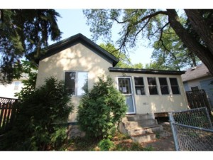 829 Lawson Avenue E Saint Paul, Mn 55106