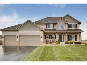 20523 Garrison Lane Lakeville, Mn 55044