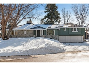 4817 Lakeview Drive Edina, Mn 55424
