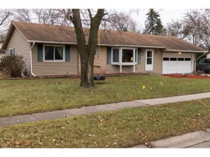 911 Cooper Lane Apple Valley, Mn 55124