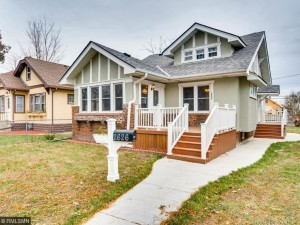 2626 Queen Avenue N Minneapolis, Mn 55411