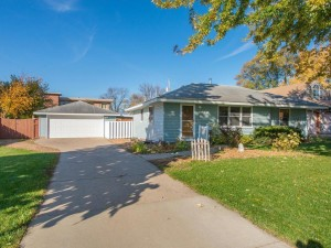 8940 Oakland Avenue S Bloomington, Mn 55420