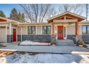 5595 Eastview Avenue Minnetrista, Mn 55364