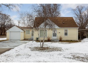 4756 Edgewood Avenue N Crystal, Mn 55428