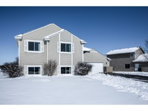 1322 Thistle Lane Shakopee, Mn 55379