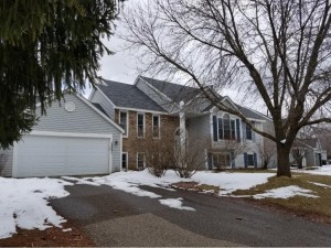 12690 Edgemont Curve Apple Valley, Mn 55124