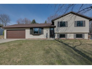 13943 Eveleth Court Apple Valley, Mn 55124