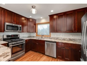 2061 W 65th Street Chanhassen, Mn 55331