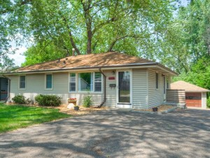 6608 46th Avenue N Crystal, Mn 55428