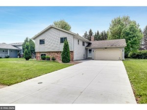 4512 149th Court Apple Valley, Mn 55124