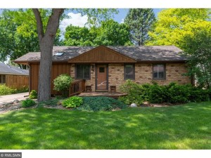 614 Park Valley Drive W Hopkins, Mn 55343