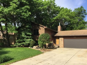 8560 Holland Avenue Apple Valley, Mn 55124