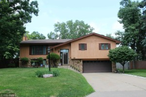 4524 Chatelain Terrace Golden Valley, Mn 55422