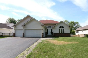 762 104th Court Ne Blaine, Mn 55434
