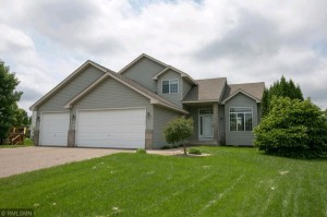 15776 Vale Street Nw Andover, Mn 55304