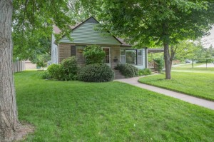 2708 Pahl Avenue Saint Anthony, Mn 55418