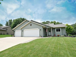 17225 Foliage Avenue Lakeville, Mn 55024