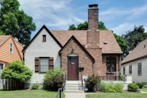 2715 Benjamin Street Ne Minneapolis, Mn 55418