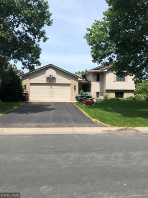 704 Sierra Trail Chanhassen, Mn 55317