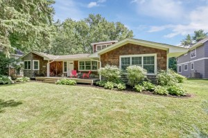 2211 Shoreline Drive Minnetonka Beach, Mn 55391