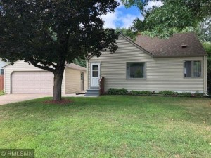 2325 Knoll Drive Mounds View, Mn 55112