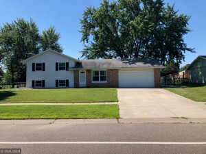 830 Whitney Drive Apple Valley, Mn 55124