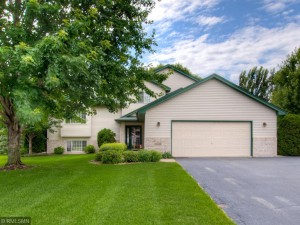 21195 Hyacinth Avenue Lakeville, Mn 55044