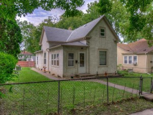 2419 Ilion Avenue N Minneapolis, Mn 55411