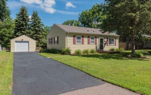 7608 59th Place N Crystal, Mn 55428