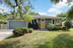 726 Hull Road Anoka, Mn 55303