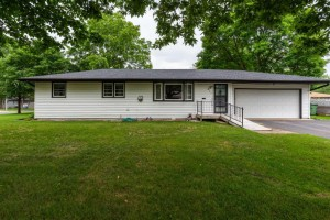 860 Kennaston Drive Ne Fridley, Mn 55432